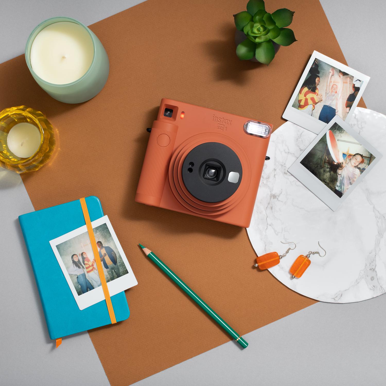 Fujifilm Debuts Instax Square SQ1 Instant Camera