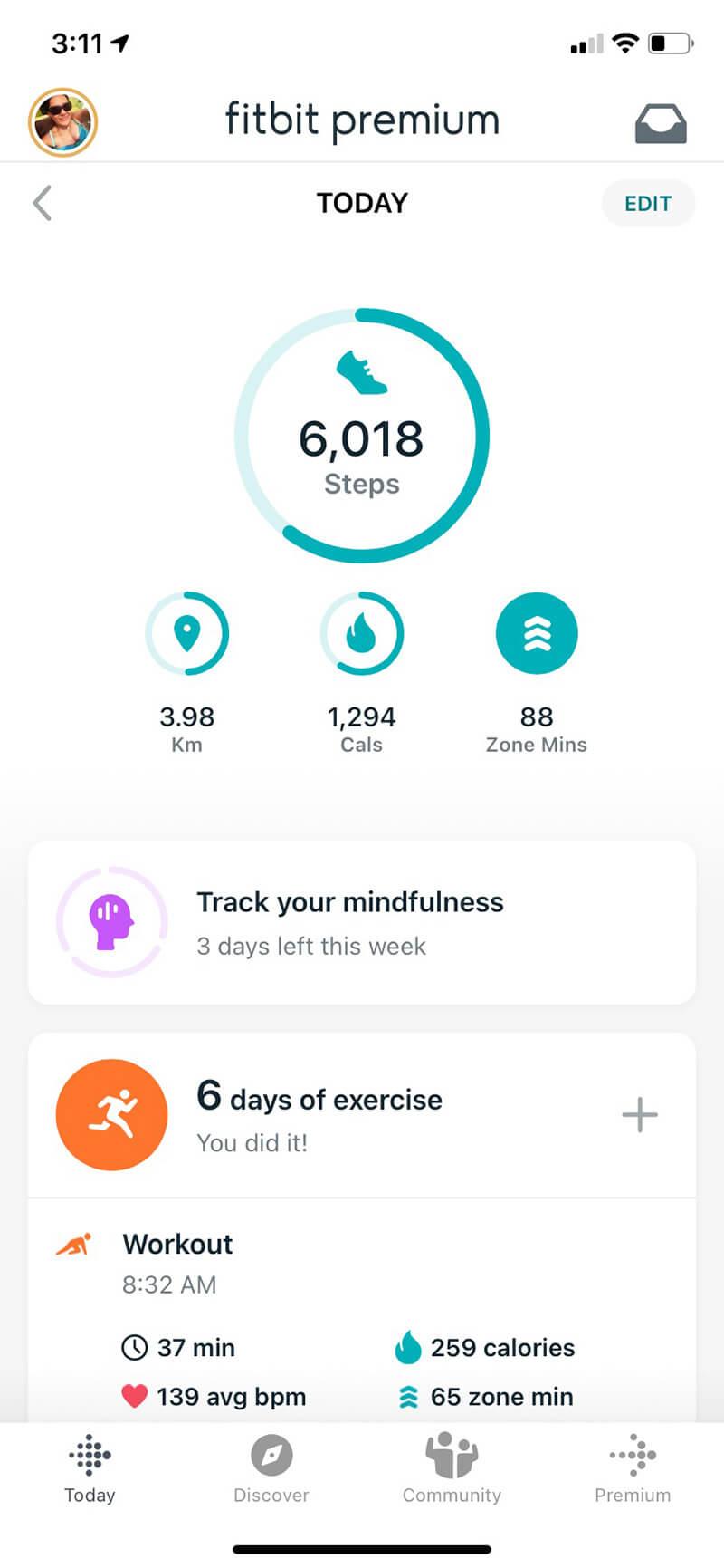 Fitbit Luxe app dashboard