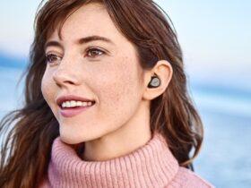 Jabra Elite 7 true wireless earbuds